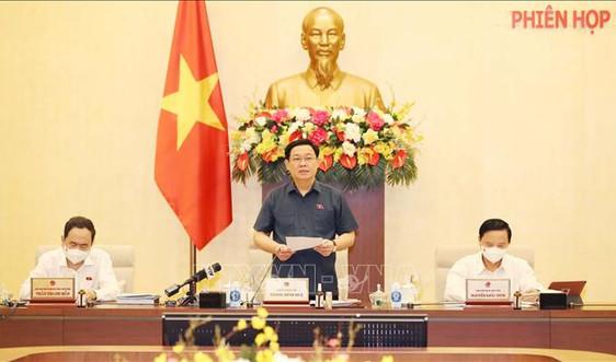Chủ tịch Quốc hội Vương Đình Huệ chủ trì Phiên họp thứ 3 Ủy ban Thường vụ Quốc hội