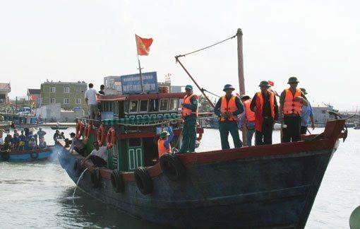 Thanh Hóa: Kiểm tra xử lý tàu cá vi phạm các quy định về chống khai thác IUU