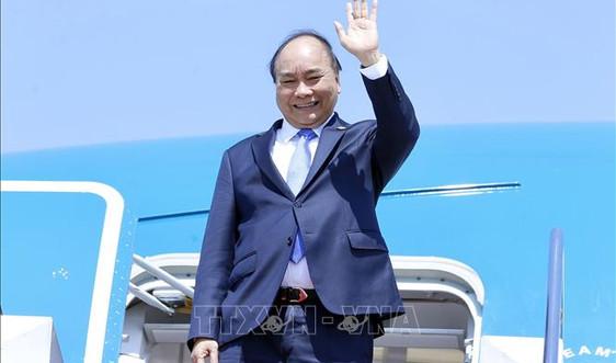 Chủ tịch nước Nguyễn Xuân Phúc lên đường thăm hữu nghị chính thức Cuba