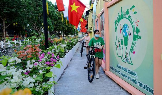 Góc ảnh đô thị - Hà Nội: Tuyến mương Trúc Bạch thay áo mới