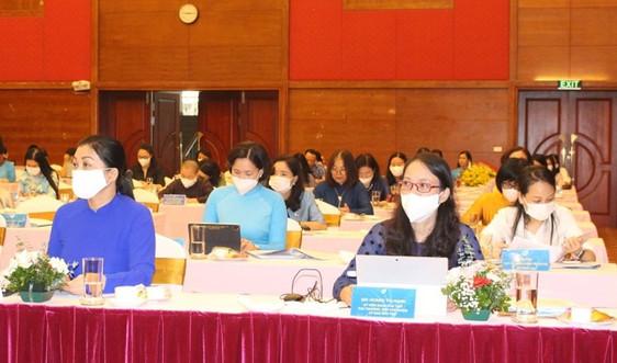 Tập trung hỗ trợ phụ nữ nghèo và dân tộc thiểu số vươn lên