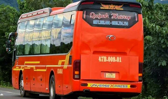 Hai lái xe Đắk Lắk bị phạt 15 triệu khi đón khách thêm tại Gia Lai