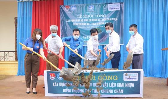 Sơn La: Khởi công xây dựng nhà vệ sinh chống rác thải nhựa cho học sinh vùng DTTS