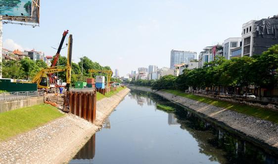 Cận cảnh hệ thống cống thu gom nước thải sông Tô Lịch
