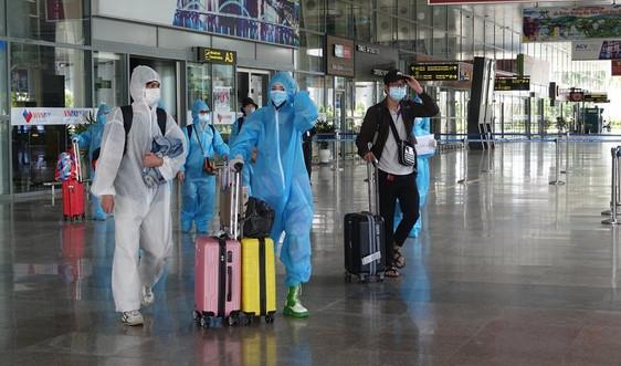 Đà Nẵng tiếp tục tổ chức chuyến bay miễn phí đón dân từ TP.HCM về