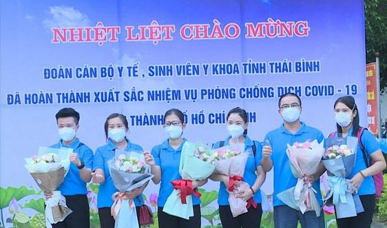 Thái Bình: Đón 78 cán bộ y tế tham gia chống dịch tại TP HCM về địa phương
