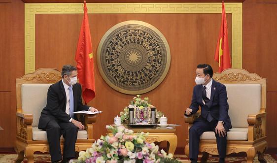 Bộ trưởng Trần Hồng Hà tiếp xã giao đại sứ Chi-lê tại Việt Nam