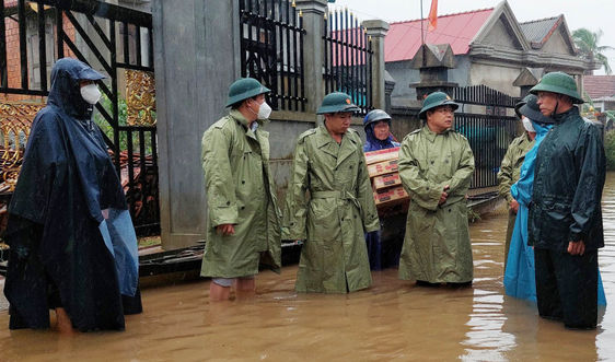 Thừa Thiên - Huế: Mưa lớn gây ngập lụt, nhiều nơi sạt lở