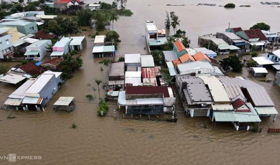 Khẩn trương rà soát, triển khai công tác ứng phó với áp thấp nhiệt đới