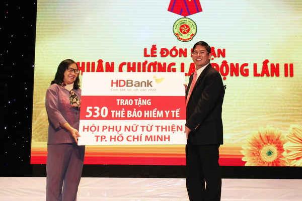 HDBank: Thêm 1,6 tỷ đồng hỗ trợ người nghèo