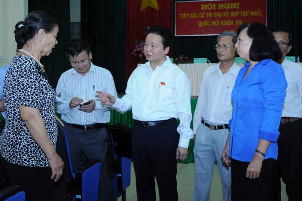 Bộ trưởng Trần Hồng Hà và Đoàn ĐBQH Bà Rịa Vũng Tàu tiếp xúc cử tri Côn Đảo