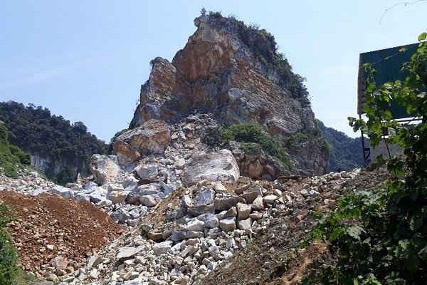 Anh Sơn (Nghệ An): Nhiều sai phạm tại mỏ đá Cty Hưng Phúc