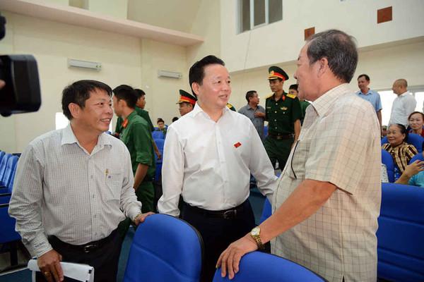 Bộ trưởng Trần Hồng Hà và các vị ĐBQH Bà Rịa - Vũng Tàu tiếp xúc cử tri Côn Đảo