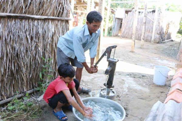 Hà Nội: Gần 1,3 tỷ đồng hỗ trợ nước sinh hoạt với vùng dân tộc thiểu số và miền núi