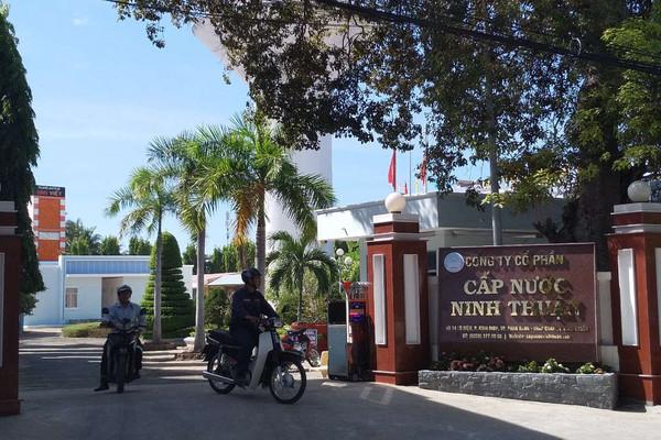 """Công ty cấp nước Ninh Thuận bán nước giá """"giá bèo"""", bỏ phí đường ống cũ"""