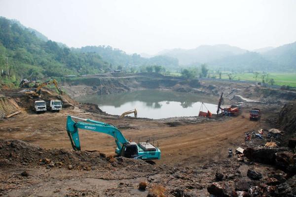 """""""Bỏ quên"""" phục hồi môi trường sau khai thác khoáng sản: Ẩn chứa nhiều rủi ro"""