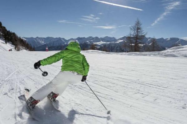 Italy tạo ra khu nghỉ dưỡng trượt tuyết không có nhựa đầu tiên ở châu Âu