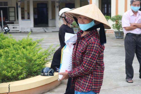Thừa Thiên Huế: Hỗ trợ người nghèo vượt qua đại dịch Covid - 19