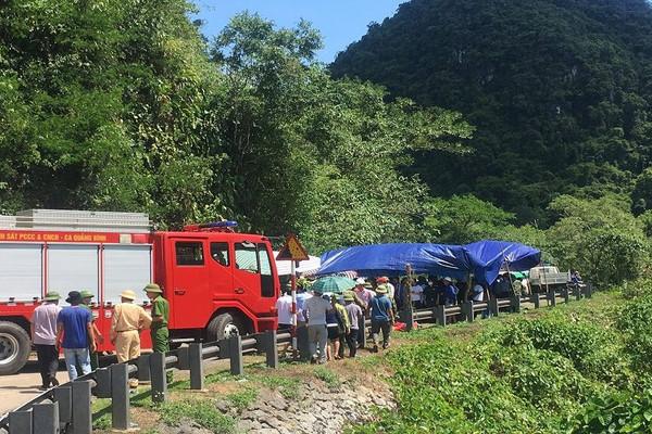 Khởi tố vụ án lật xe khách khiến 15 người tử vong tại Quảng Bình