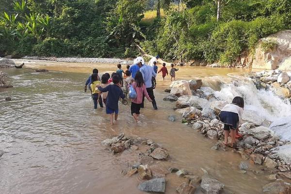 Lai Châu: 3 cháu nhỏ bị đuối nước tử vong khi đi câu cá