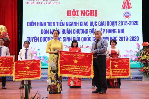 Ngành Giáo dục và Đào tạo huyện Việt Yên, đơn vị lá cờ đầu tỉnh Bắc Giang