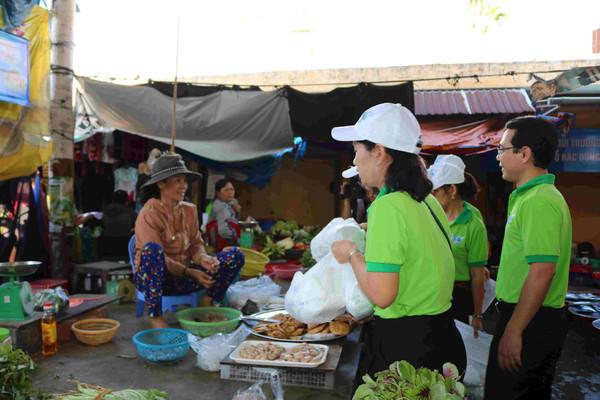 Bình Định khuyến khích người dân sử dụng túi ni lông thân thiện với môi trường