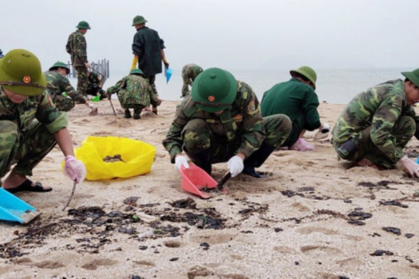 Hà Tĩnh: Chủ động các giải pháp ứng phó sự cố tràn dầu trên biển