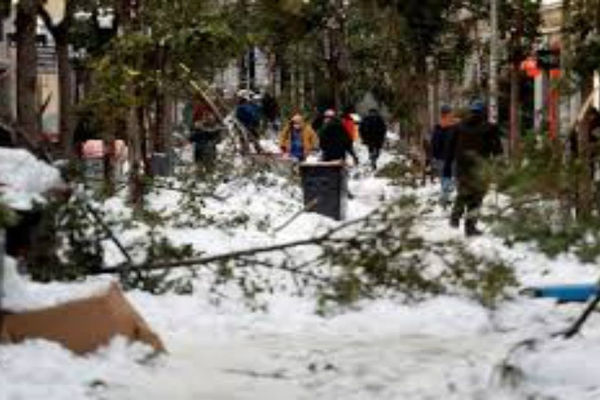 Tây Ban Nha tê liệt vì bão tuyết