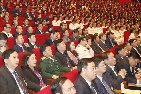 Đại hội XIII của Đảng tiếp tục thảo luận Văn kiện và nghe báo cáo công tác nhân sự