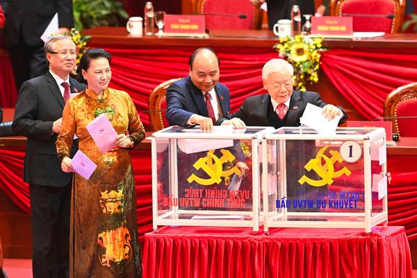 Đại hội bỏ phiếu bầu Ban Chấp hành Trung ương khóa XIII