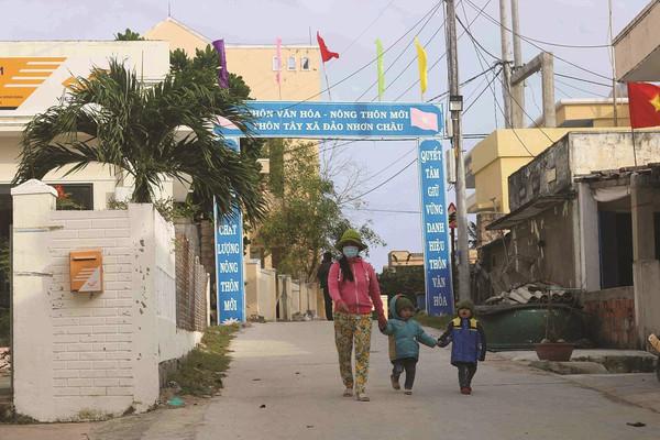 Điện về xã đảo Nhơn Châu