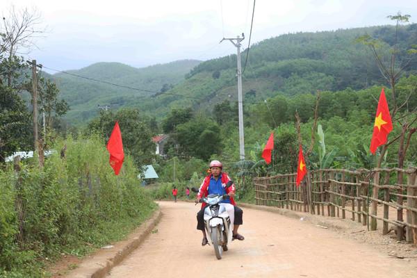 Bình Định: Tết về điện cũng về với người dân Canh Liên