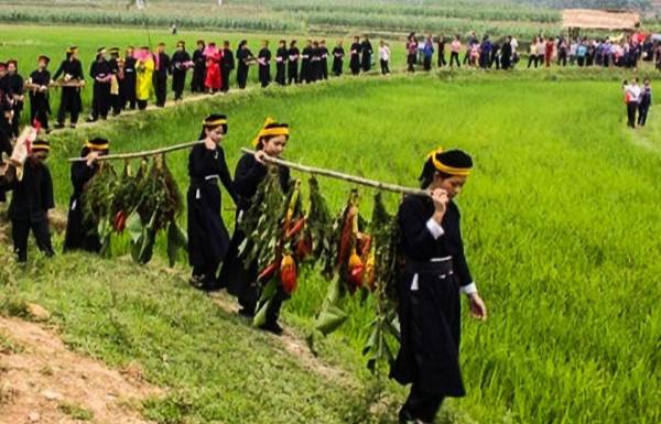 Về Cao Bằng đi Lễ hội Nàng Hai