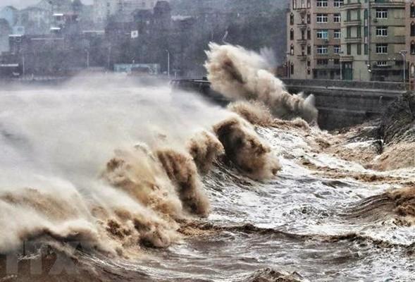 Sẵn sàng ứng phó siêu bão SURIGAE