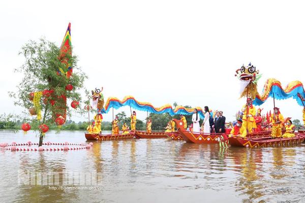 Sôi nổi các hoạt động tại Lễ hội Hoa Lư năm 2021