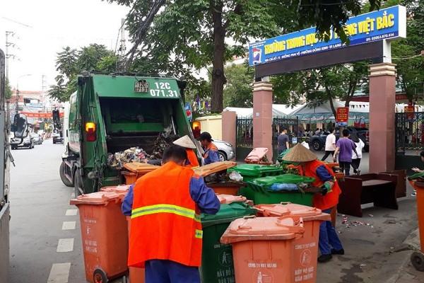 Lạng Sơn: Tăng cường thu gom, xử lý chất thải, siết chặt phòng dịch