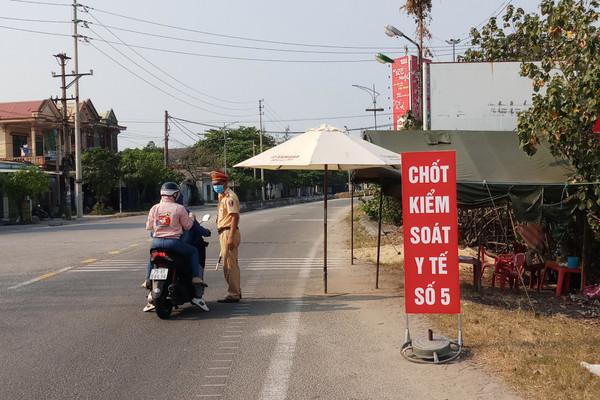 Thừa Thiên Huế: Giám sát chặt việc khai báo y tế, đăng ký tạm trú