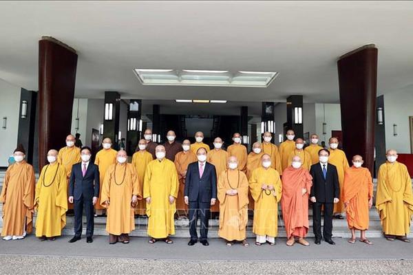 Chủ tịch nước tiếp đoàn lãnh đạo Giáo hội Phật giáo Việt Nam
