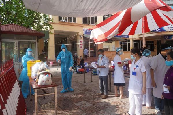 Thái Bình: Ghi nhận 4 ca dương tính là sinh viên Đại học Y - Dược Thái Bình
