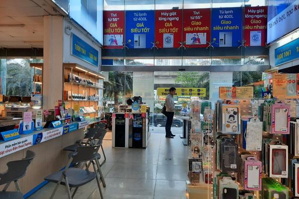 Tổng mức bán lẻ hàng hóa và doanh thu dịch vụ tăng mạnh
