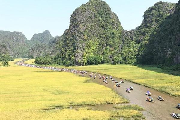 """Ninh Bình dừng tổ chức Tuần Du lịch """"Sắc vàng Tam Cốc – Tràng An"""""""