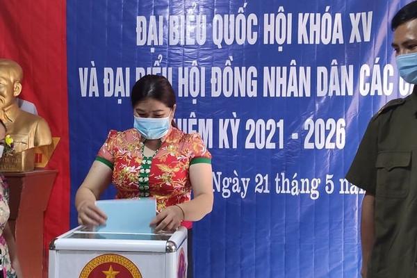 Nghệ An: Gần 43 nghìn cử tri dân tộc vùng cao nô nức đi bầu cử sớm