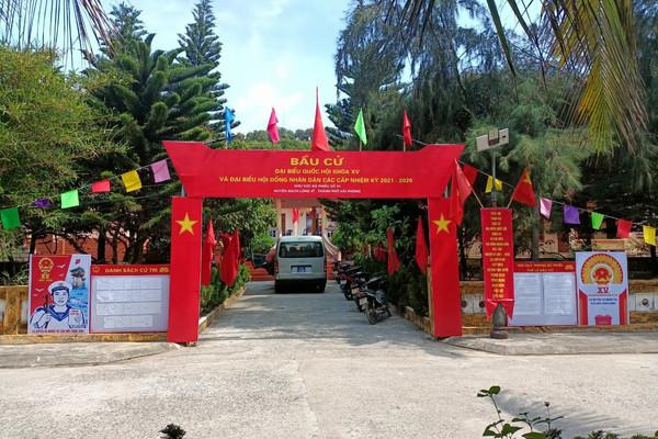 Không khí bầu cử sớm tại huyện đảo Bạch Long Vĩ (Hải Phòng)