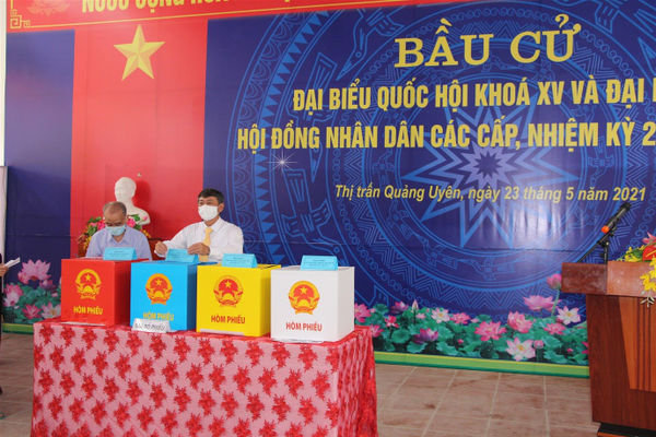 Cao Bằng: Cử tri toàn tỉnh hân hoan trong ngày bầu cử
