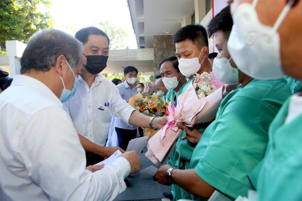 Y, bác sĩ Bệnh viện Trung ương Huế xung phong lên đường hỗ trợ Bắc Giang chống dịch COVID - 19