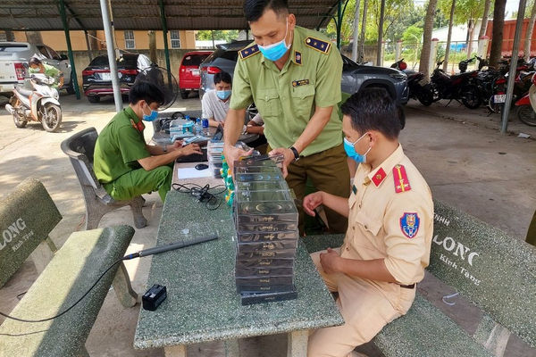Bình Phước bắt giữ trên 7.500 điện thoại di động có dấu hiệu nhập lậu