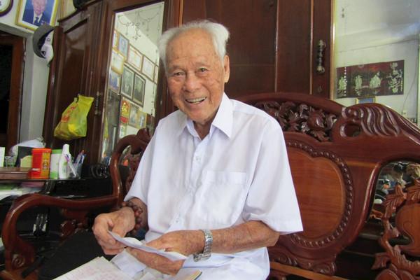 Chuyện chưa kể hết về cụ ông Trần Cang làm từ thiện