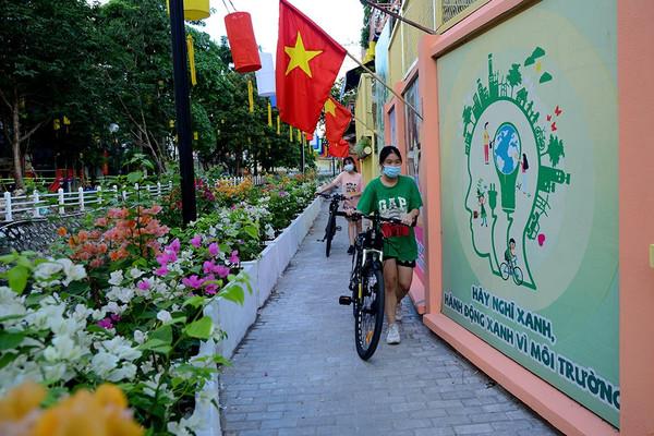 Hà Nội: Tuyến mương ven hồ Trúc Bạch thay đổi diện mạo mới