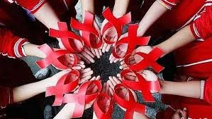 Phòng chống ma túy và dự phòng lây truyền HIV từ mẹ sang con:  Tuyên truyền cao điểm, duy trì thường nhật