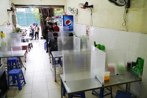 Hà Nội mở cửa trở lại dịch vụ ăn, uống trong nhà, cắt tóc, gội đầu từ 0 giờ ngày 22/6